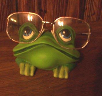 FR1012_Frog_eyeglass_minder