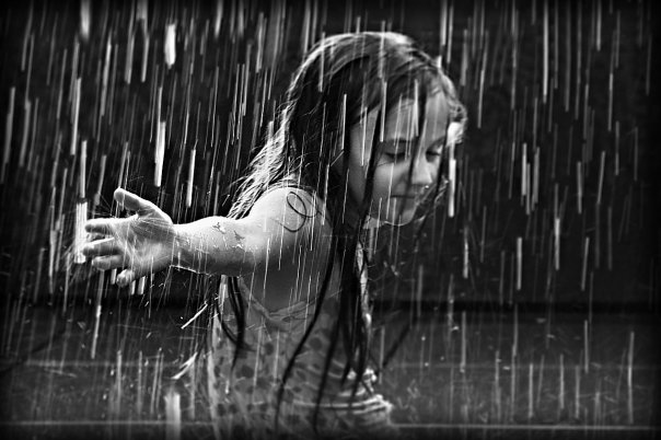 the_girl_in_the_rain_